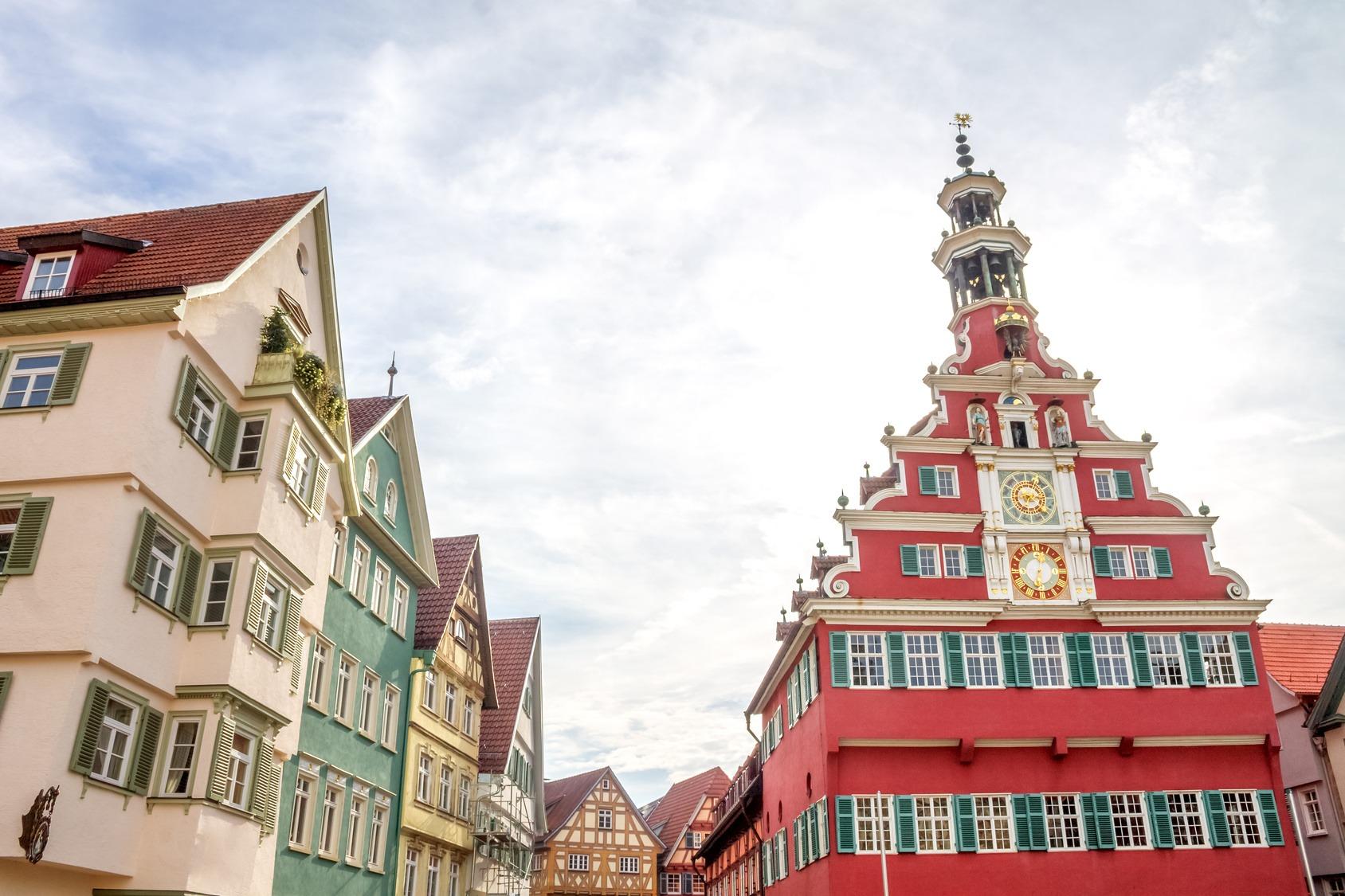 Die Hochschule in Esslingen am Neckar ist besonders für ihre Studiengänge im Bereich Fahrzeugtechnik bekannt.