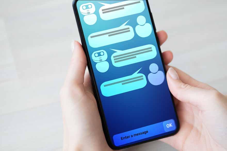 Gesprächsverlauf mit einem Chatbot auf einem Smartphone.