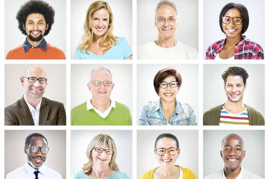 Zwölf Profilbilder von Menschen unterschiedlichster Herkunft und Geschlecht.