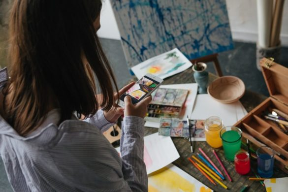 Kunstprojekt mit Smartphone fuer Pinterest fotografiert